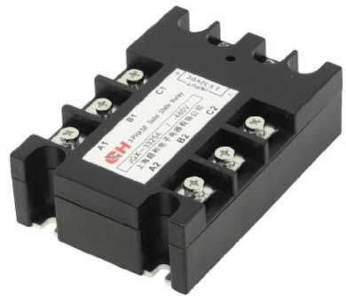 DC relays for solar panels