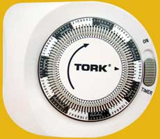 Tork 407A 7-day plug-in timer