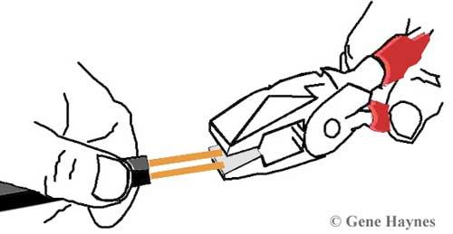 Linesman pliers